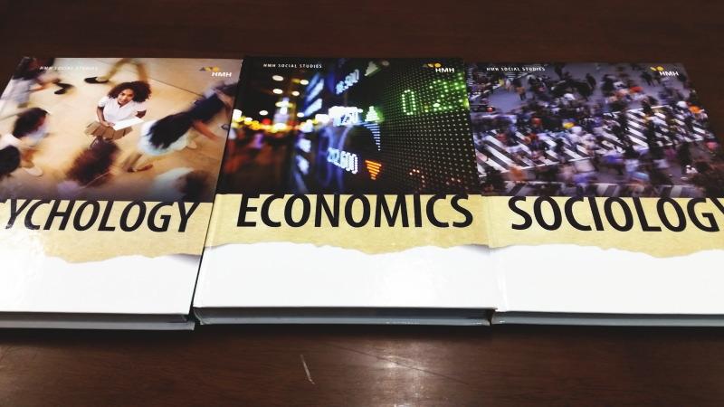 アメリカの教科書 心理学 経済学 社会学